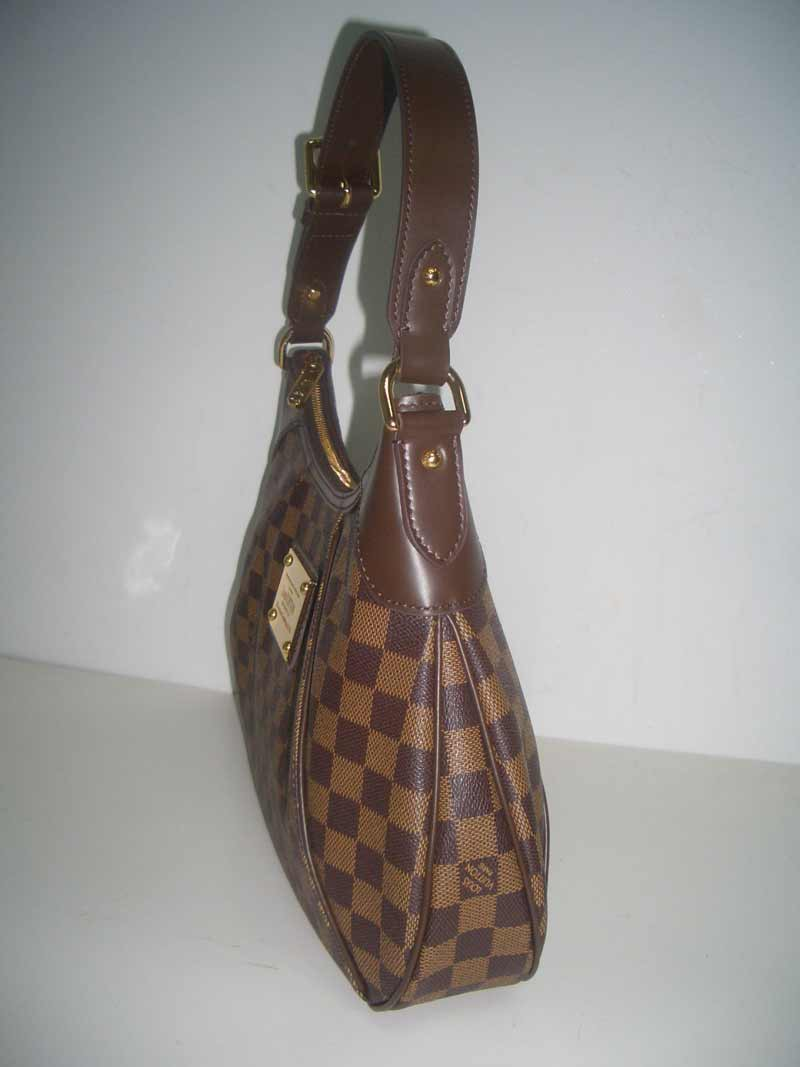 LV Damier Eben Canvas Thames GM  N48181